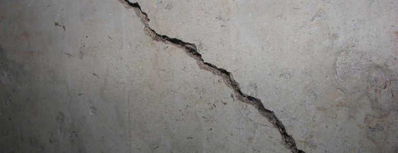 foundation crack repair